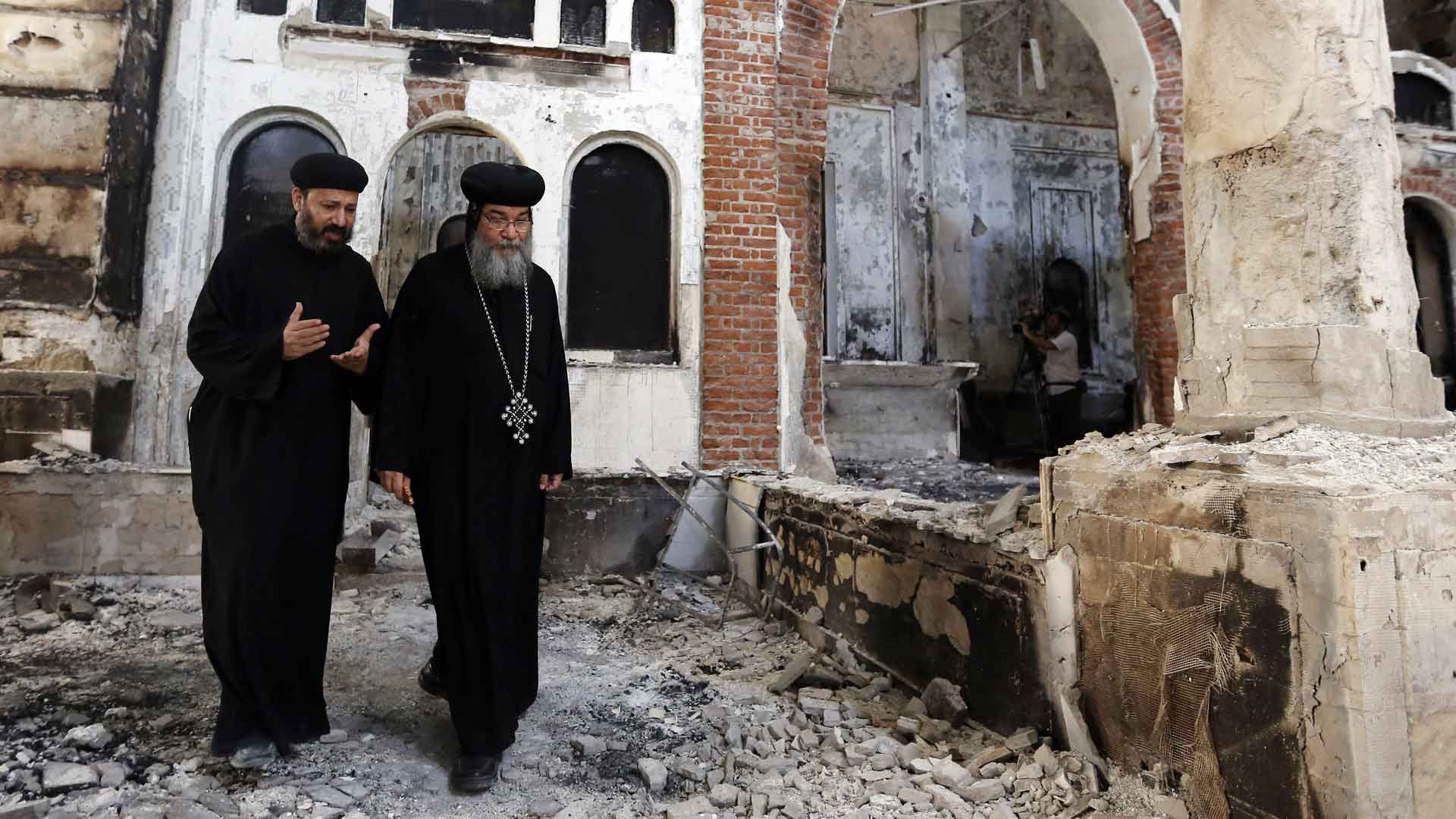copts-in-ruined-church